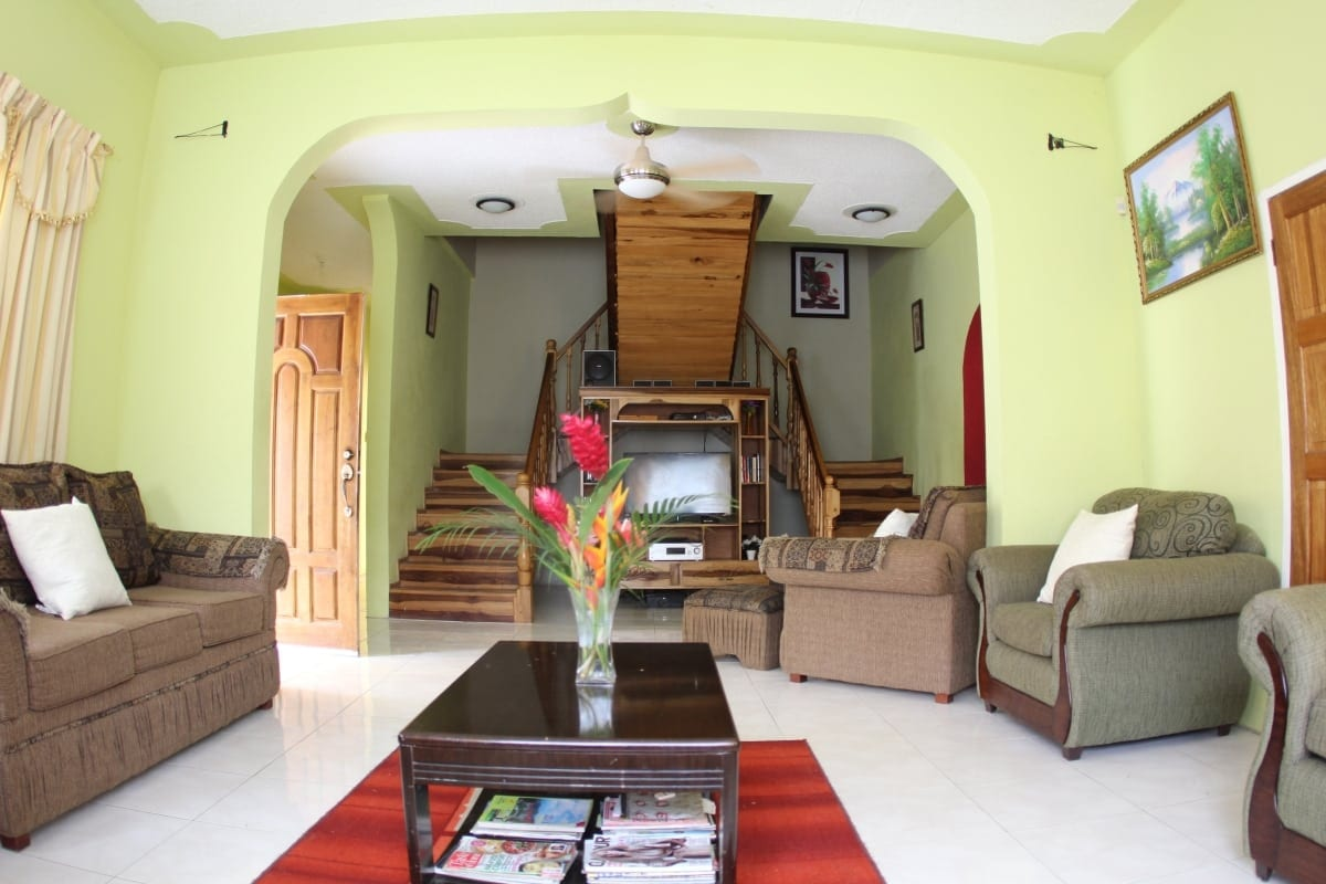 Ocho Rios Villa family room