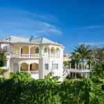 Jamaica Villa 8000 sq ft, 5 bedrooms at the Edge of Caribbean Sea