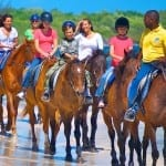 bracostables-horseback-riding-beach-604x386