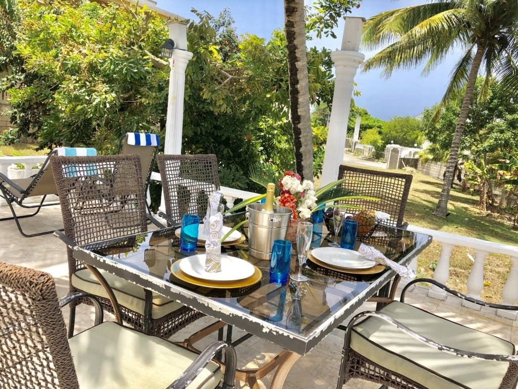 Jamaica villa private deck for out door dining