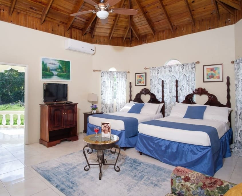 JAMAICA VILLA VACATION RENTALS|LUXURY OCHO RIOS VILLAS