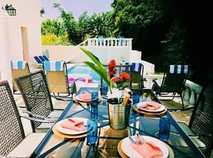 Jamaica villa dining experience