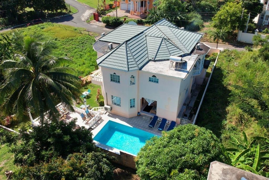 Jamaica villas private pool, beach access
