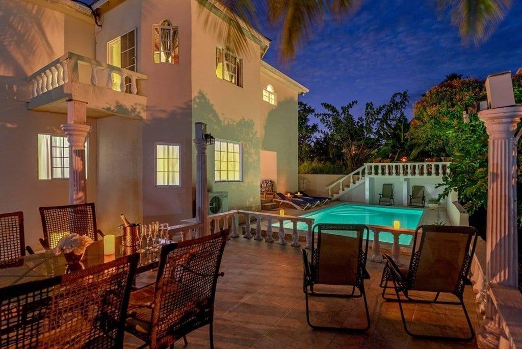 Villas in Ocho Rios Jamaica with pool