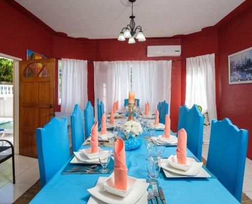 Ocho Rios villa dining room