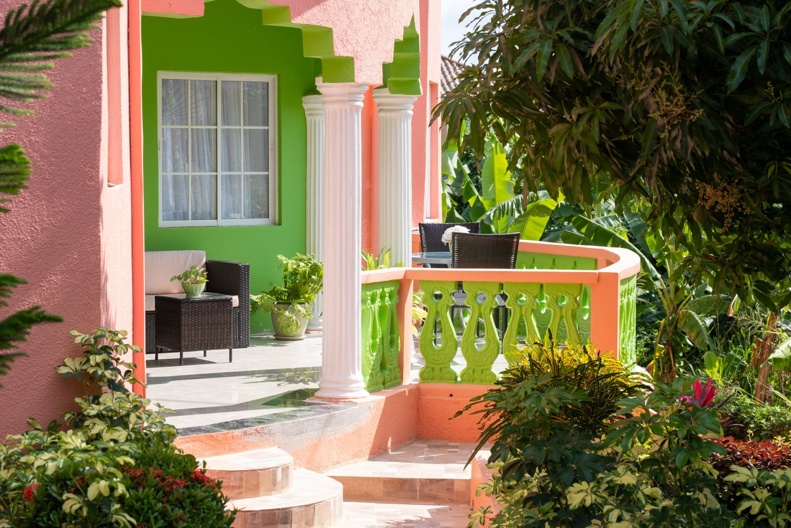 Jamaica villa private patios